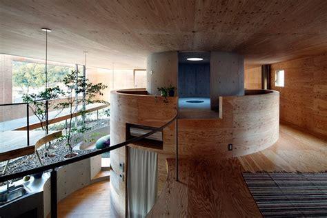 uid architects pit house  okayama japan