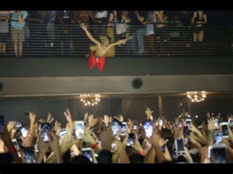 Stage Dive - xxxtentacion gimme that stage dive crown
