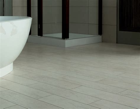 Bathroom Flooring Ideas Uk by Amtico Residential Flooring Flr