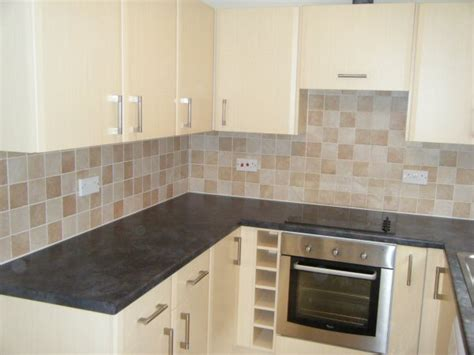 kitchen tile styles تصاميم مناسبة لسيراميك المطبخ الروعة المرسال 3292