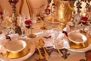 Le doré la plus tendance des couleurs de Noël