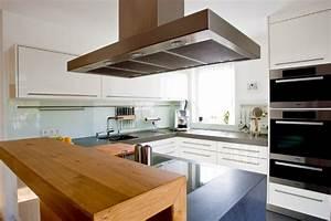 Theke Für Küche : mit designs strukturbeige k che mit theke kuchen designs kueche cool k chen mit theke kleine ~ Sanjose-hotels-ca.com Haus und Dekorationen