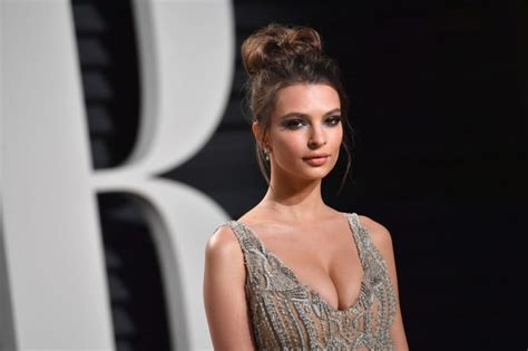 Actress Emily Ratajkowski: Can't Get Work in Hollywood ...