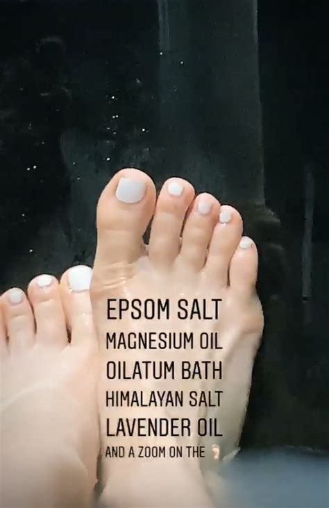 jessie js feet