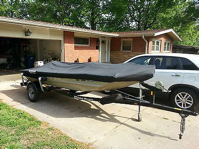 Tritoon Boats For Sale Missouri by Triton 1546 Crappie Boats For Sale In Missouri