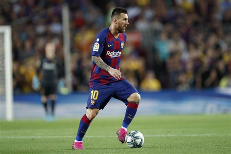 Lionel Messi 'The Best Player in History,' Says La Liga ...