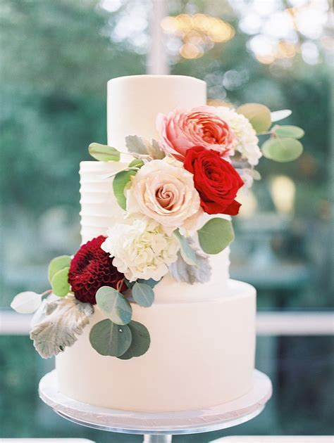 Wedding Cake With Fall Flowers Elizabeth Anne Designs