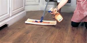 Comment Nettoyer Un Parquet En Bois : 10 techniques simple pour nettoyer un parquet flottant ~ Melissatoandfro.com Idées de Décoration