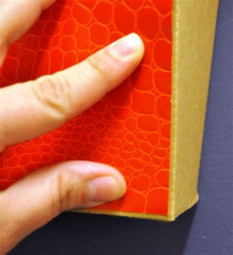 d 233 corer un meuble en carton avec du papier peint pratique fr