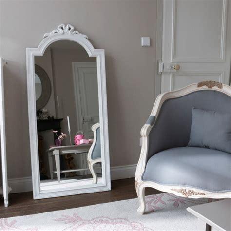 miroir chambre a coucher miroirs magnifiques pour votre chambre à coucher décor