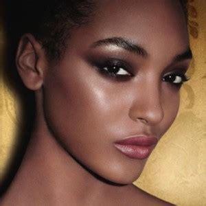 Maquillage de chauvesouris Maquillage sur Tête à modeler