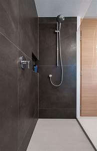 Große Deckenlampen Design : fliesen gro e formate dusche bodenb ndig design fliesenbau bad bathroom pinterest ~ Sanjose-hotels-ca.com Haus und Dekorationen