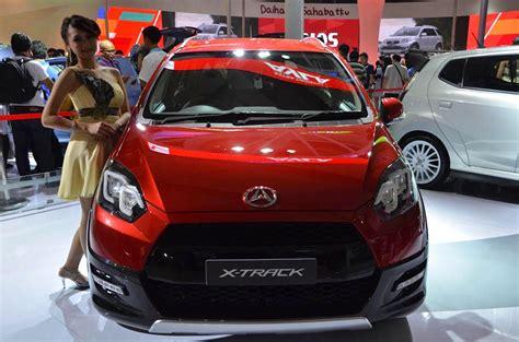 Gambar Mobil Gambar Mobildaihatsu Ayla by Modifikasi Mobil Ayla Stiker Sobotomotif