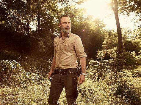 walking dead season  images show  cast  characters