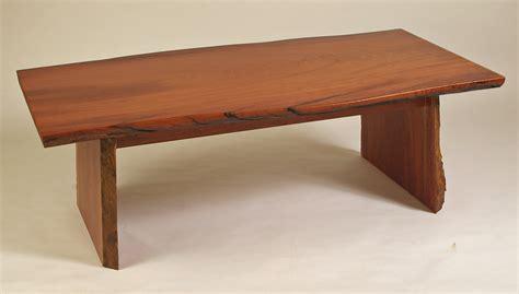 Tables : Tony Smith Fine Furniture