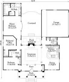 U Shaped Floor Plan by House Plan 40027