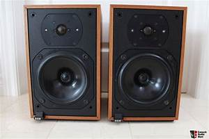 B U0026w Dm12 Bower Wilkins Bookshelf Speakers Photo  755742