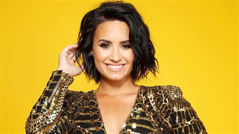 Demi Lovato phone, desktop wallpapers, pictures, photos ...