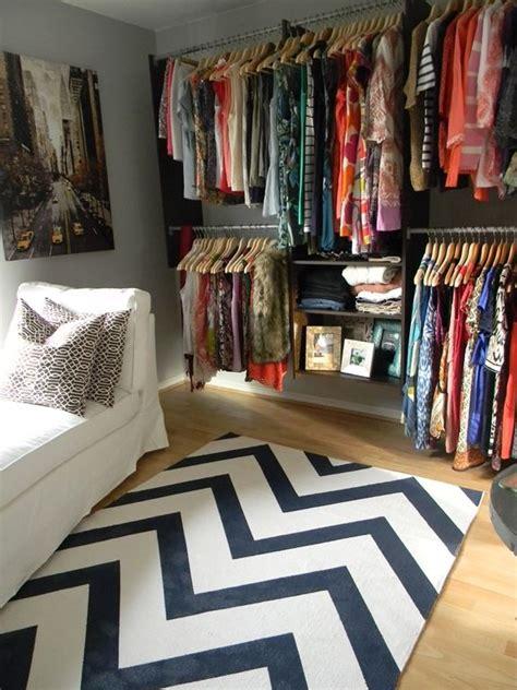 turn a spare room into a walk in closet interior