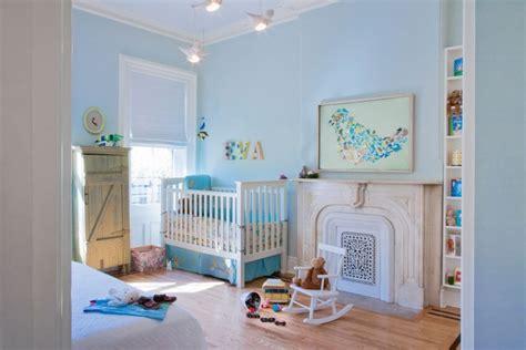 chambre gar輟n bleu décoration chambre bébé garçon en bleu 36 idées cool