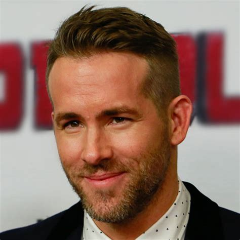 Ryan Reynolds Haircut   Men's Hairstyles   Haircuts 2017