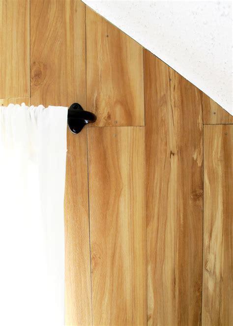 DIY faux wood plank wall ? Tag & Tibby