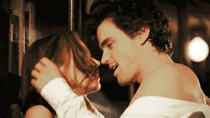 Kiss Kissing Couple Gifs Giphy Sara Collar