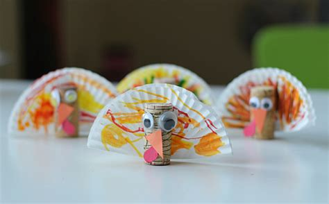 easy thanksgiving crafts 888 | cupcake liner and cork turkey crafts for thanksgiving