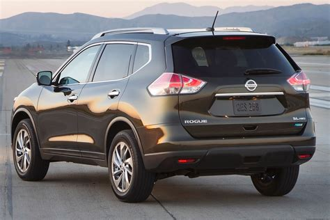 2015 Nissan Suv by 2015 Nissan Rogue Suv Carstuneup