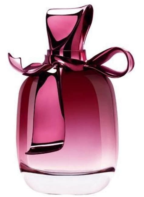 Madame ricci exuded a flair for fashion, capturing the personality of her clients in her designs for them. Ricci Ricci de Nina Ricci - Eau de Parfum - Incenza