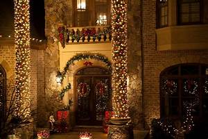 8, Festive, Porch, Decorations, To, Welcome, Your, Guests, This, Christmas