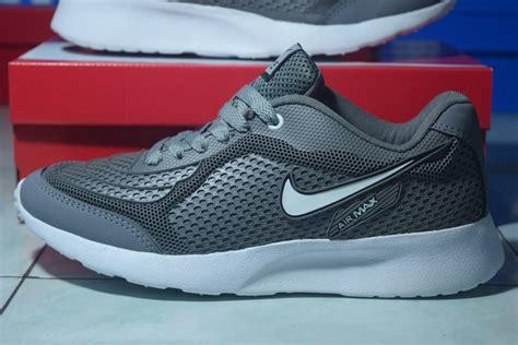 jual sepatu sport nike airmax running pria abu abu kets pria di lapak plaza surabaya plazasurabaya