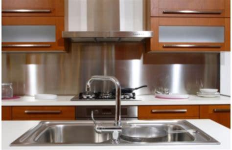 nettoyage inox cuisine nettoyage de l 39 évier céramique résine inox toutpratique
