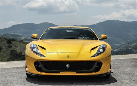 812 Superfast Backgrounds by Wallpaper Of Car 812 Superfast Grand Tourer