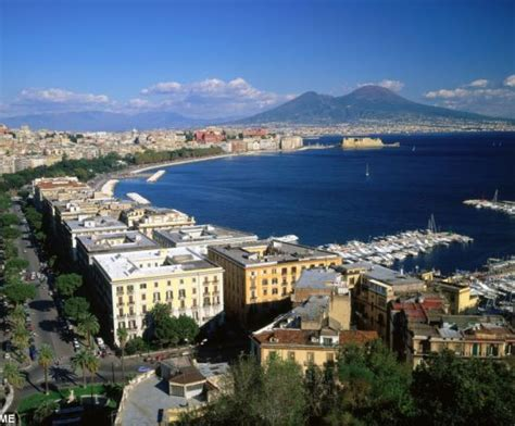 The Traditional Food Of Naples Italy A Taste Of Napoli