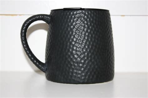 Visita tiendas de starbucks alrededor del mundo. New! Starbucks 2014 Black Hammered Barrell Ceramic Coffee Mug 14oz | Mugs, Starbucks, Coffee mugs