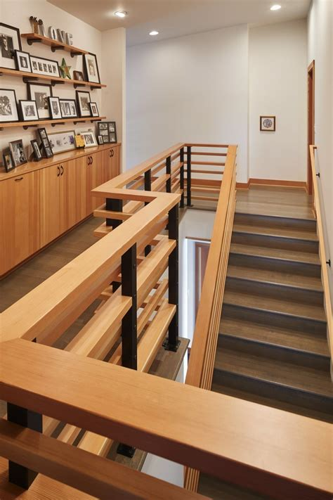 Building the perfect ?box? of a home on Hood Canal   The
