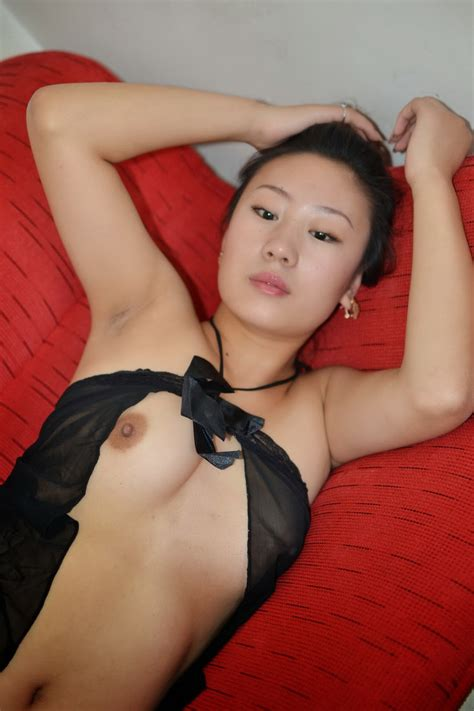 Sexy Asian Milf Expose Her Tight Pussy Asian Sex
