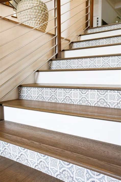 ideas  tile  stairs  pinterest tile