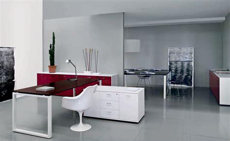 bureaux design sur mesure désigné par aran lignes