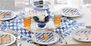Tischdeko Blau Weiß : tischdeko blau wei f r die bayrische party tischdekoration f r motto parties pinterest ~ Markanthonyermac.com Haus und Dekorationen
