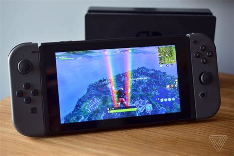 fortnite   switch  downloaded  million times