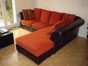 salon marron et orange chaioscom With tapis yoga avec canapé orange cuir