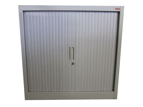 armoire de bureau occasion armoire basse à volets office depot adopte un bureau