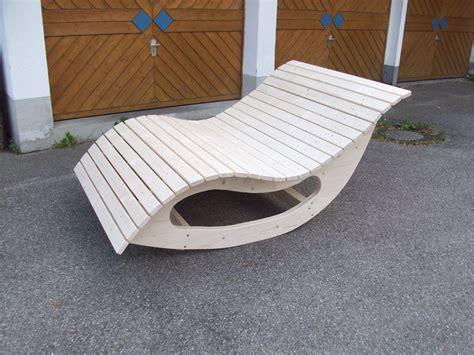 Relaxliege Schaukelliege Holzliege Gartenmöbel Entspannung