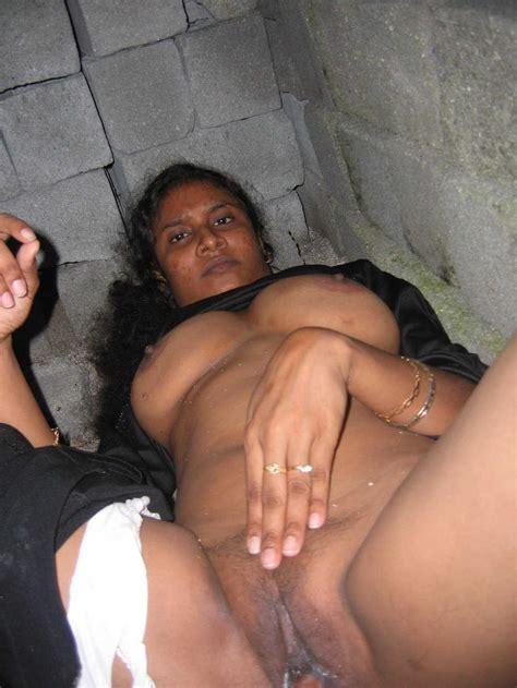 indian desi aunty And Bhabhi Nude Photo 21 indian desi Village aunty Doodh Chut Outdoor Naked