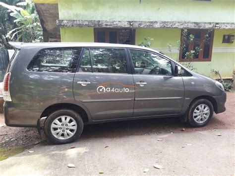 buy toyota innova  model buy  innova