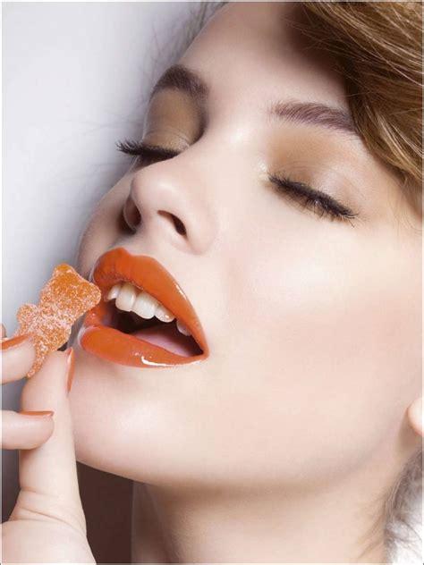 fellation cuisine orange lipstick looks for different eye colours