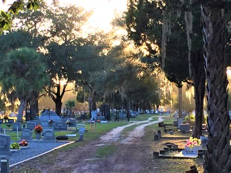 milton city council shows support  cemetery volunteers