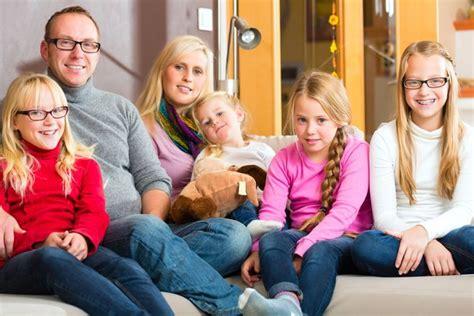 canapé famille nombreuse idée déco trouver l aménagement parfait pour les